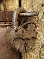 150px-Lock-001